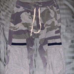 Urban Outfitters Pants - urban outfitters camo pants